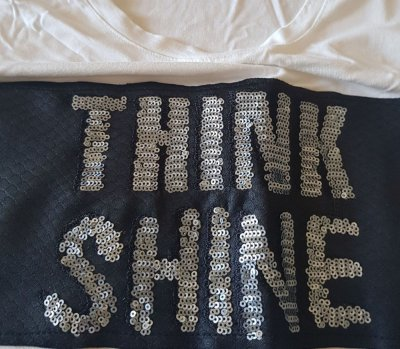 camiseta think shine