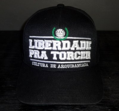 Boné Liberdade pra Torcer Preto