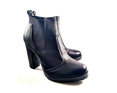 a73f4c4653 Scarpin Salto Bloco Estampado - Donnadela Calçados e Acessórios