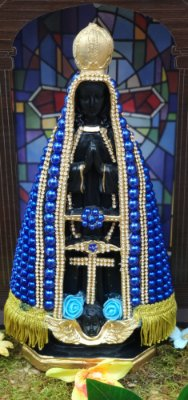 Nossa Senhora Aparecida pérolas azul - 30cm