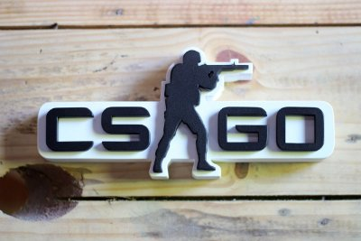 PLACA DECORATIVA - CS:GO (branco)