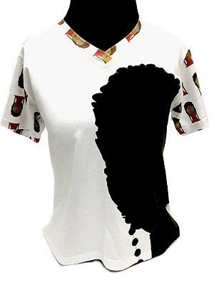 CAMISETA MALHA BABY LOOK Feminino _Gola V_Modelo: USDRAUZINTON DOIS ROSTOS MOÇA AFRODESCENDENTE cor Branco
