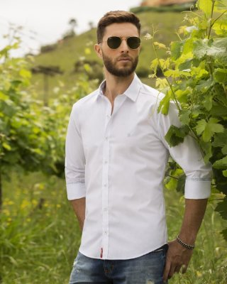 Camisa ML Baumgarten Branca Detalhe Gola BGT