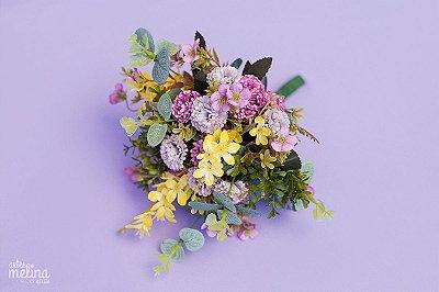 Buquê de Flores Lilás e Amarelo