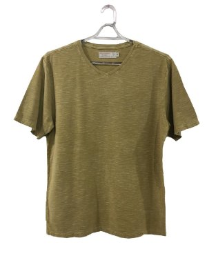 T-shirt gola V basic ocre