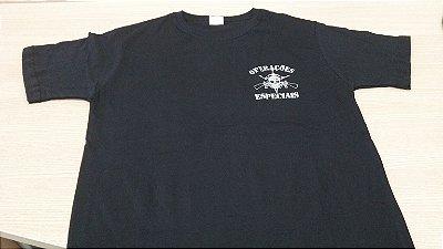 Camiseta Operações Especiais fuzis