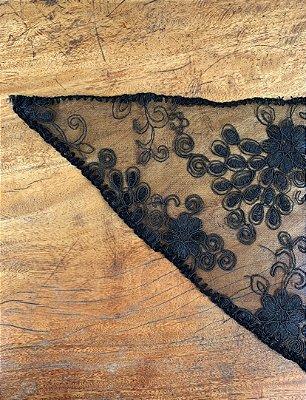Véu Preto Triangular - Casadas