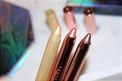 Kit lápis olhos e lábios metálicos Fenty Beauty com 3 produtos