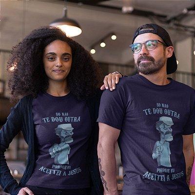 Camiseta Porque Aceitei a Jesus