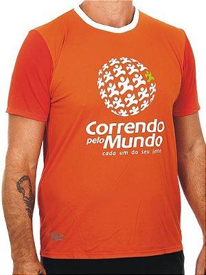 CAMISETA CORRENDO PELO MUNDO - LINHA DRY-RUN - 100% POLIAMIDA - MASCULINA - LARANJA - TAM. P