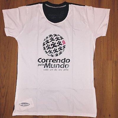CAMISETA CORRENDO PELO MUNDO - LINHA DRY-RUN - 100% POLIAMIDA - FEMININA BABY LOOK - BRANCA C/ PRETO - TAM. G