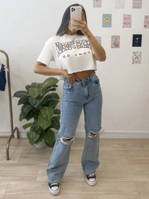 t-shirt cropped nobody cares
