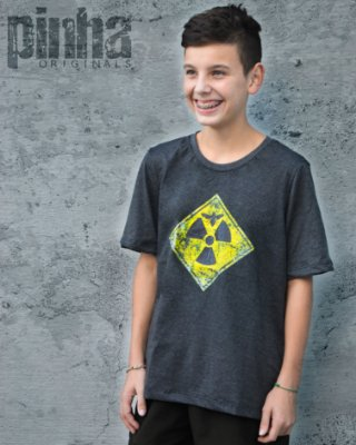 Camiseta ABELHA RADIOATIVA- Pinha Originals