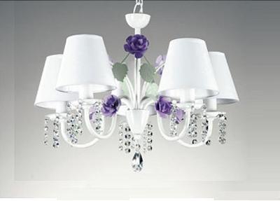 Lustre Old Artisan Rosas Candelabro Metal Branco 5 Braços Cristal 40x50cm 5x E27 110 220v Bivolt PL164-5 Sala Estar e Saguão
