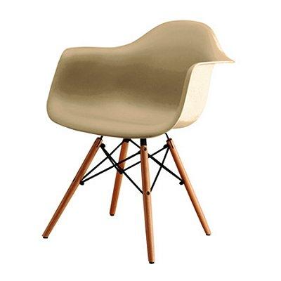Kit 4x Cadeira Design Eames Eiffel DAR Ray Pes Madeira Salas Florida Fendi Braços Polipropileno Fratini