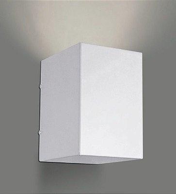 Arandela Golden Art Caixa Metal Contemporâneo Branco 10x14cm 1x Lamp. E27 110v 220v Bivolt P741 Quartos Banheiros