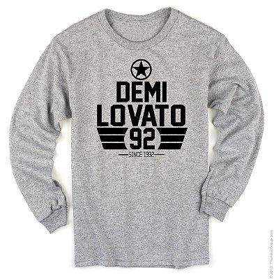 Manga Longa Demi Lovato – Since 1992