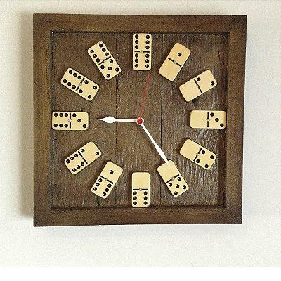 Relógio Quadrado Dominó