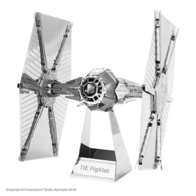 Mini Réplica de Montar STAR WARS Tie Fighter