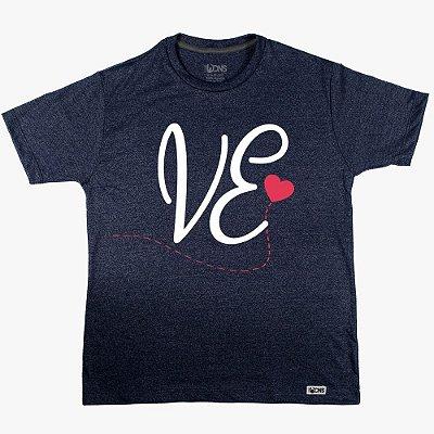 Camiseta LOVE Coração - VE