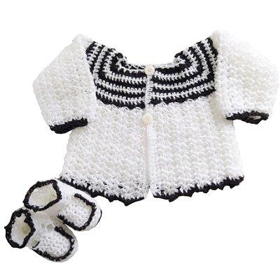 Conjunto Casaquinho e Sapatinhos de Lã em Crochê Branco e Preto