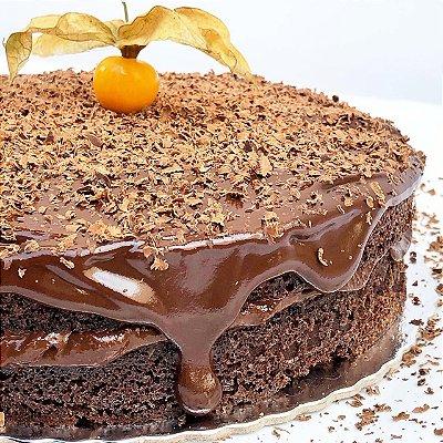 Torta de Chocolate FIT Congelada - 1,2kg, 22 cm de diamêtro.