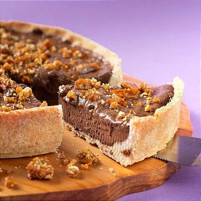 Torta Mousse de Chocolate com Crocante de Castanha | 1,5kg | 24 cm de diâmetro