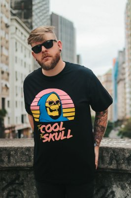 CAMISETA TO COOL FOR SKULL