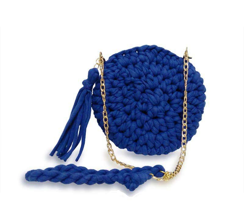 bolsa em croche redonda azul