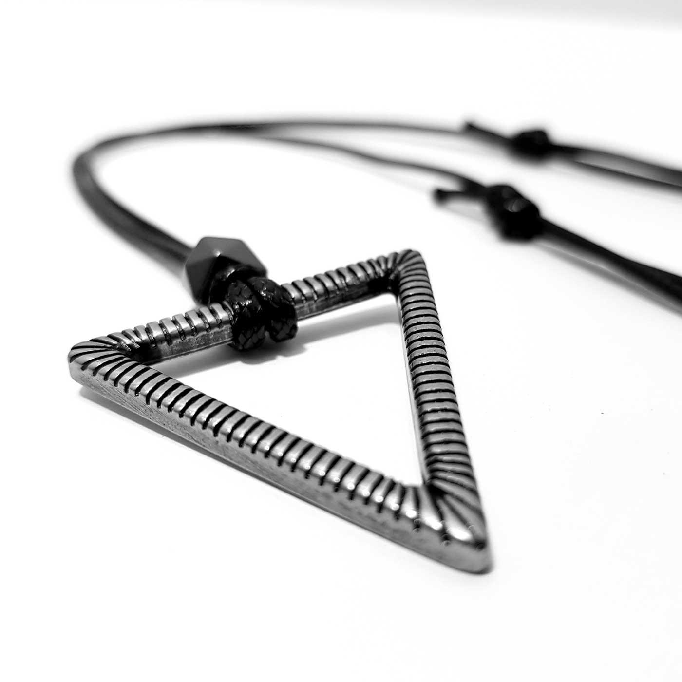 colar-masculino-triagol