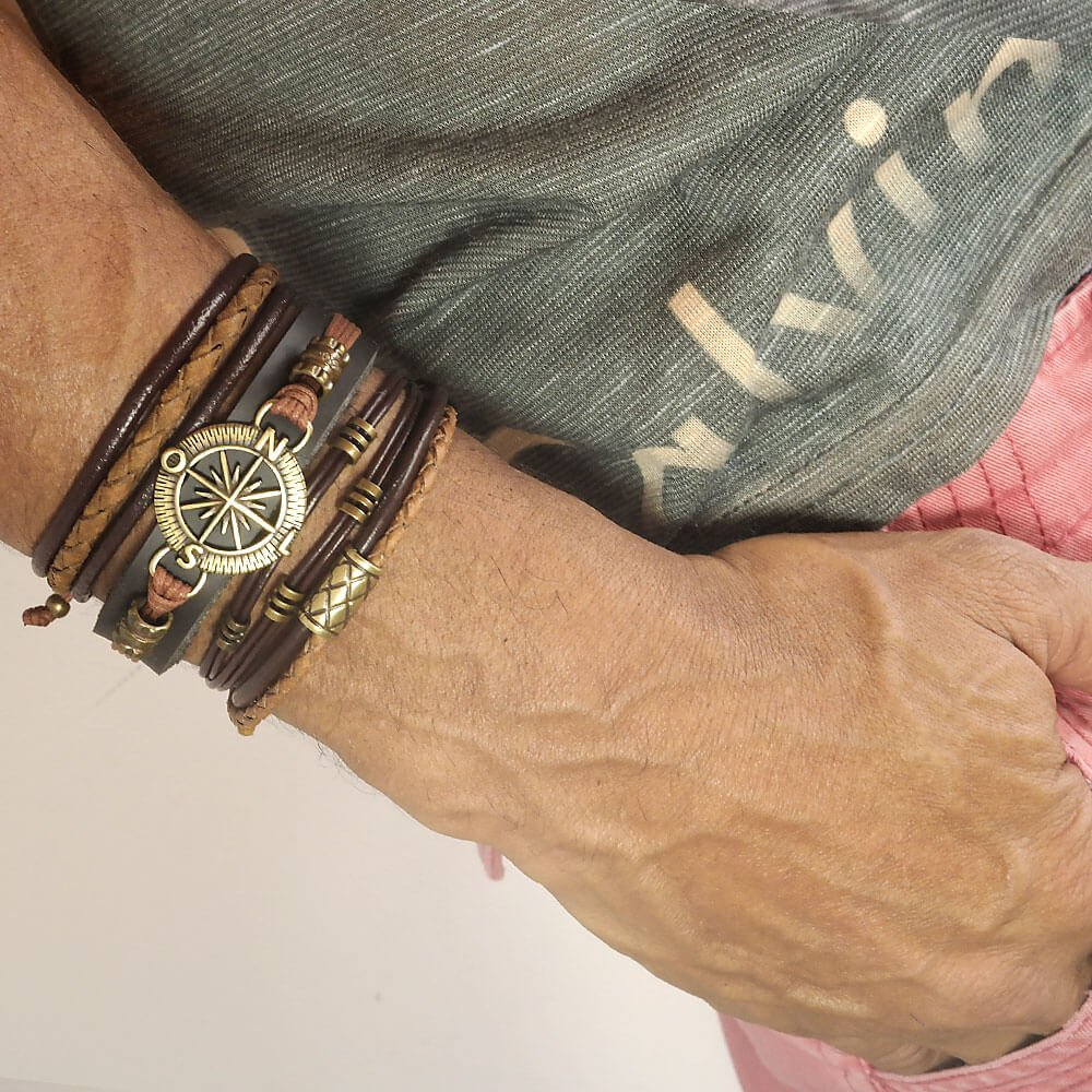 pulseiras-masculinas-de-couro-bussola