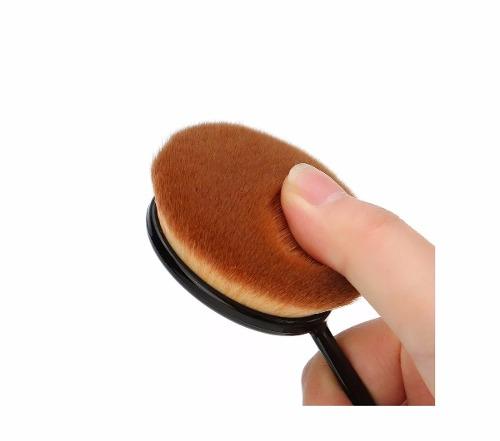 Pincel oval Macrilan