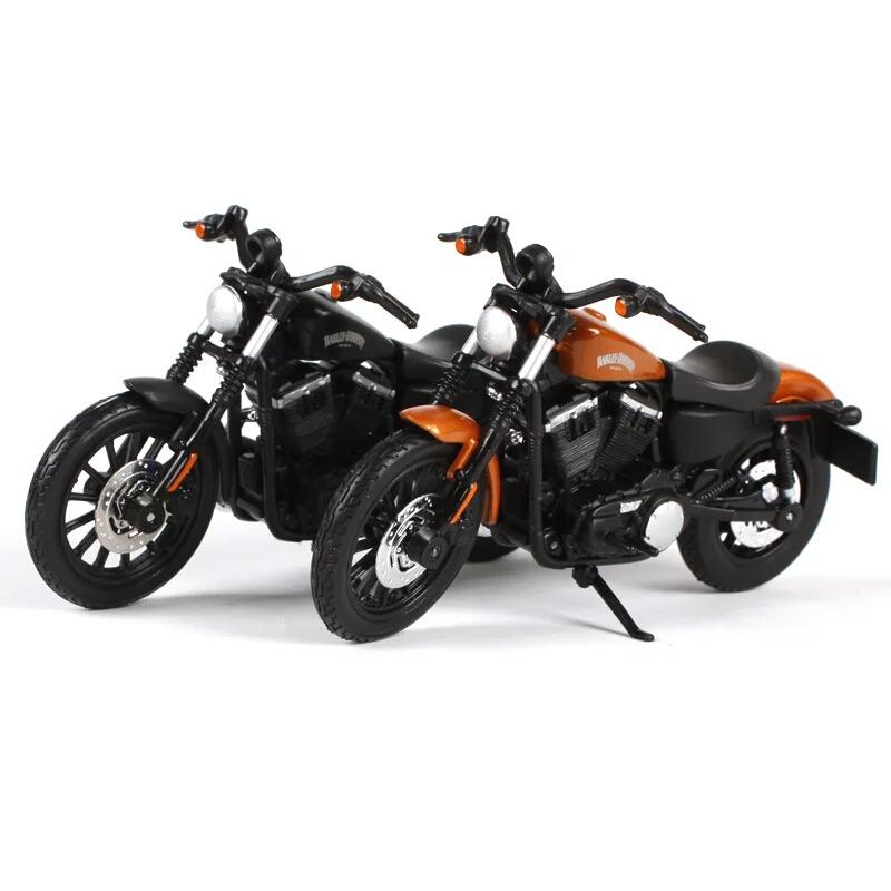 Miniatura Harley Davidson Sportster iron 883 2014 Maisto 1:18