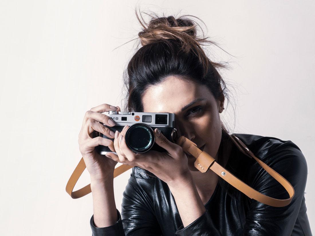 Alça para Câmera Fotográfica em couro Caramelo - Feita 100% no Brasil