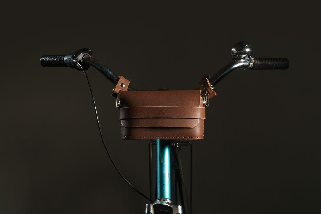 Clutch Pala Marrom Café presa no guidão usando os Adaptadores para Bicicleta com engate rápido