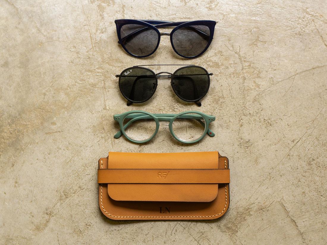 Ray-Ban Aviador, Wayfarer, Clubmaster, retrô, gatinho, redondo, são vários modelos de óculos que se adaptam ao porta-óculos Pala.