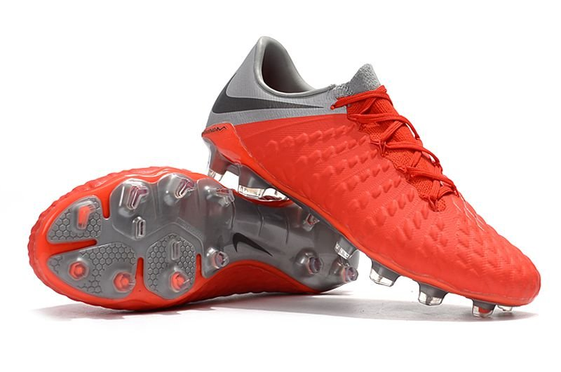 93b0702d45 ... Chuteira Nike Campo Hypervenom Phantom III Vermelha e Cinza - Imagem 4  ...