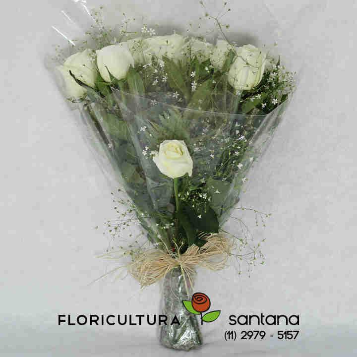 Buquê com Rosas brancas naturais