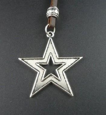 colar-de-couro-estrela-stars