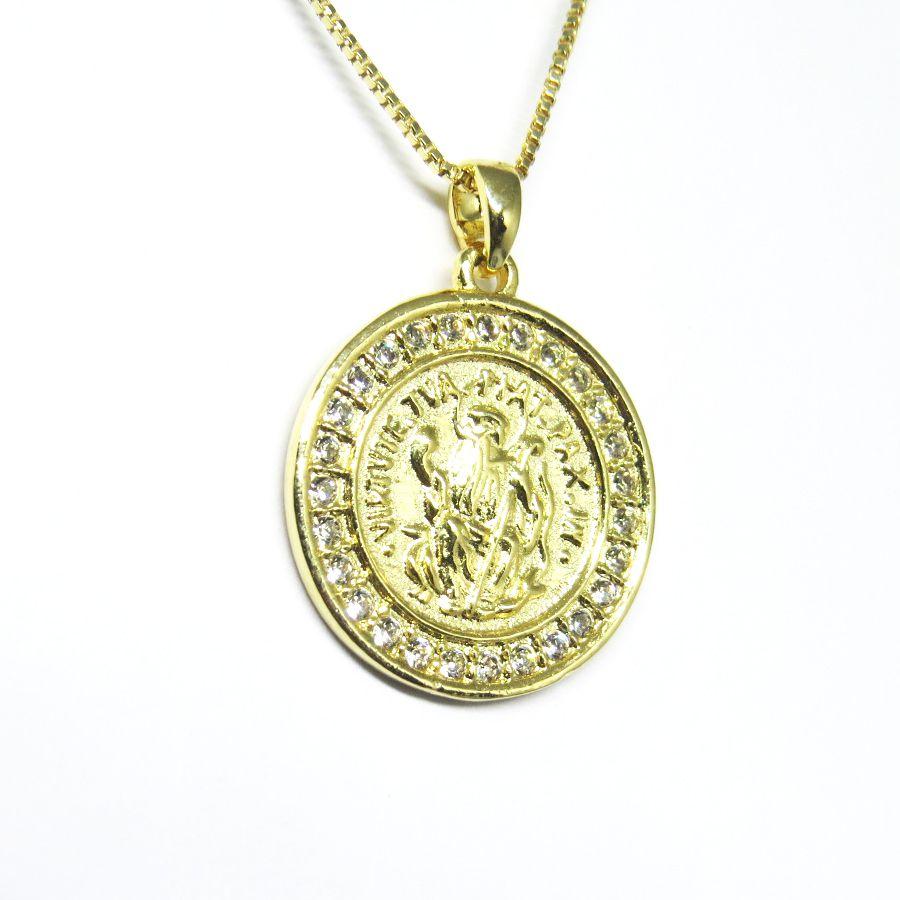 ... Colar medalha São Bento com zirconia folheado em ouro 18k - Imagem 2 ... 021da443be