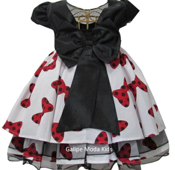 d72aaed5561 Vestido Infantil Minnie Vermelha Laços Vestido Infantil Minnie Vermelha  Laços Costas ...