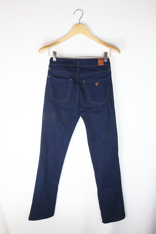 Calça Jeans Hollister Usada   Brechó Online - Enfim Lucrei - Enfim ... 7a3e6f0d23