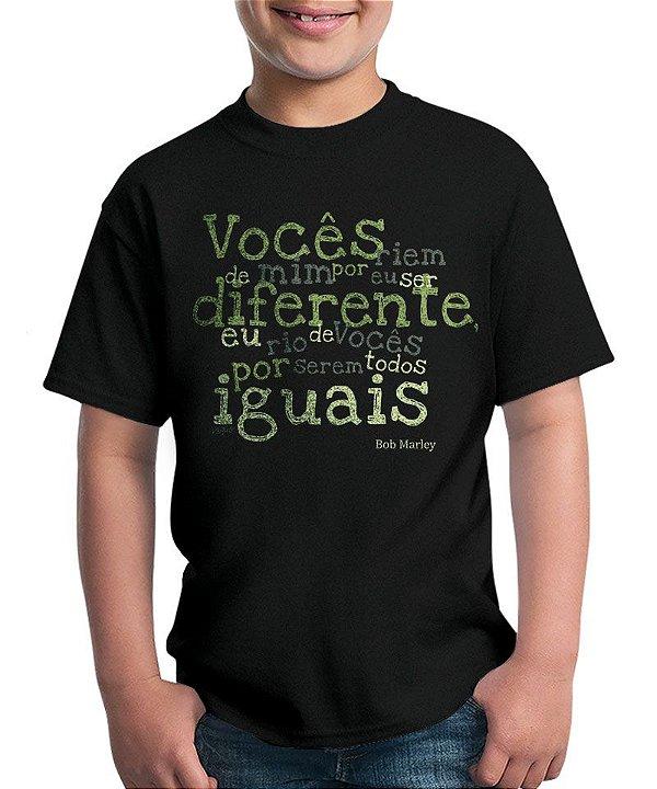 Camiseta Diferentes