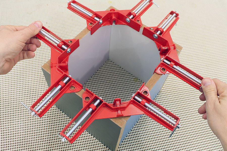 Grampo Sargento 90 graus para Montagem de Quadro - 4 peças