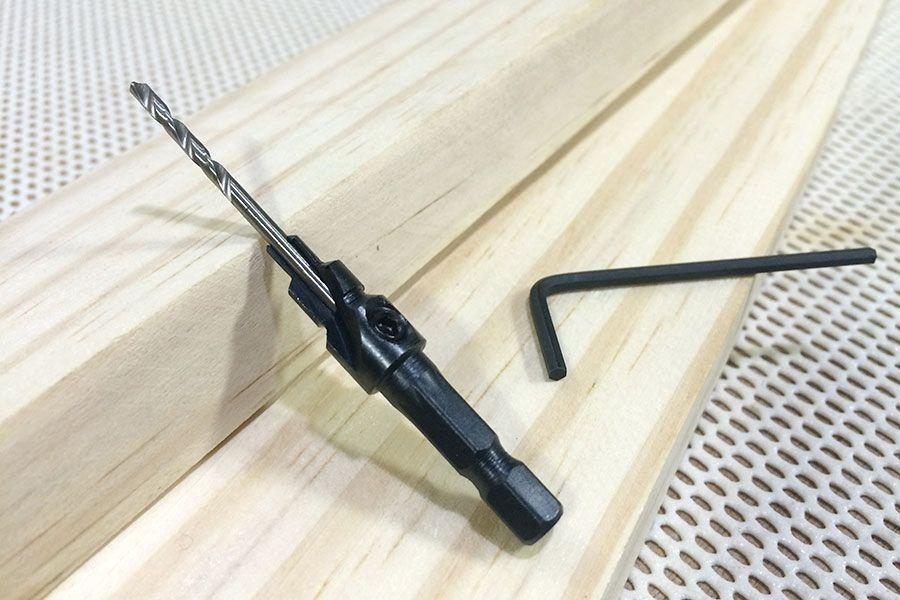 Broca Escareadora Amana Tool N8 Marcenaria (8mm x 2,8mm) #144