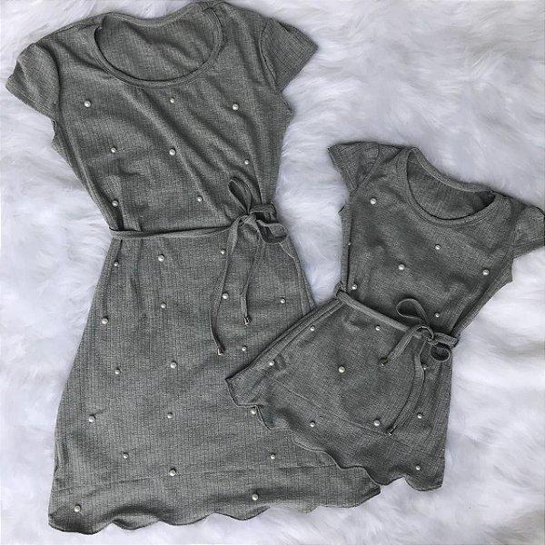 Vestido cinza nuvem mãe e filha