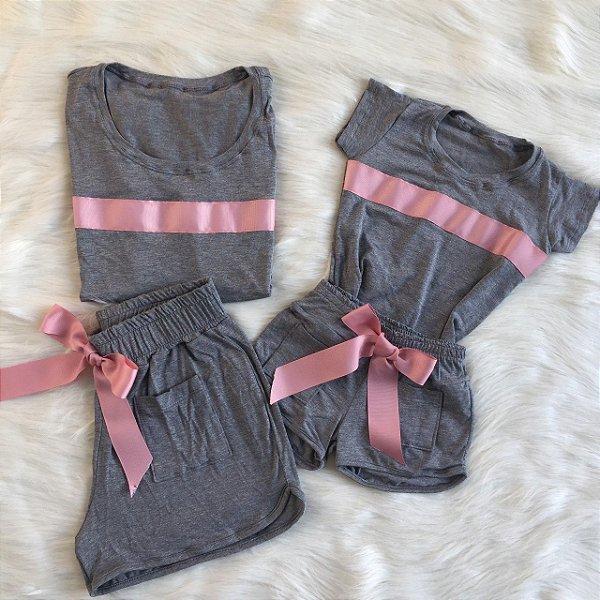 Conjunto cinza com Faixa Rosê Mãe e Filha