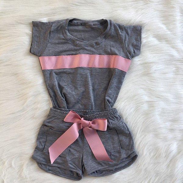 Conjunto cinza com faixa rosê infantil