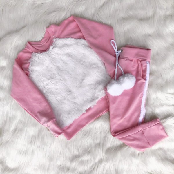 Blusa rosa com pêlo branco + calça Mãe e Filha