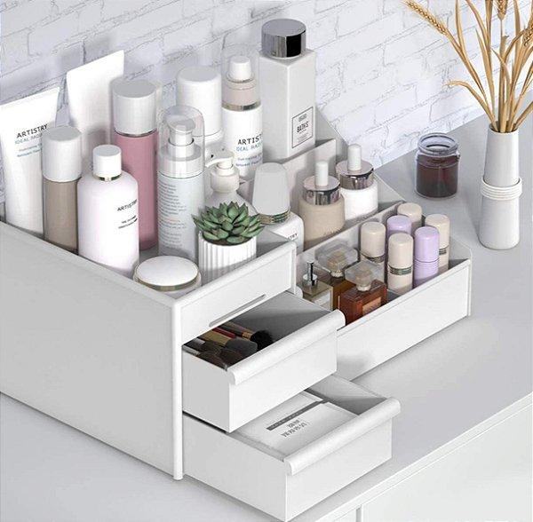 Organizador de mesa com gavetas